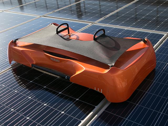 ソーラーパネル清掃ロボット Type1